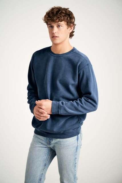 adult crewneck sweatshirt 1.