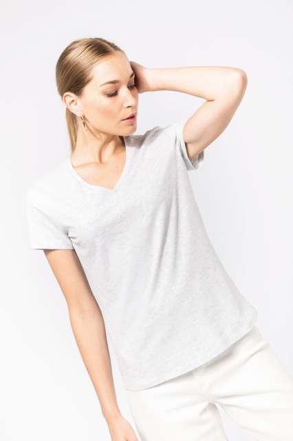 ladies' short-sleeved v-neck t-shirt 1.