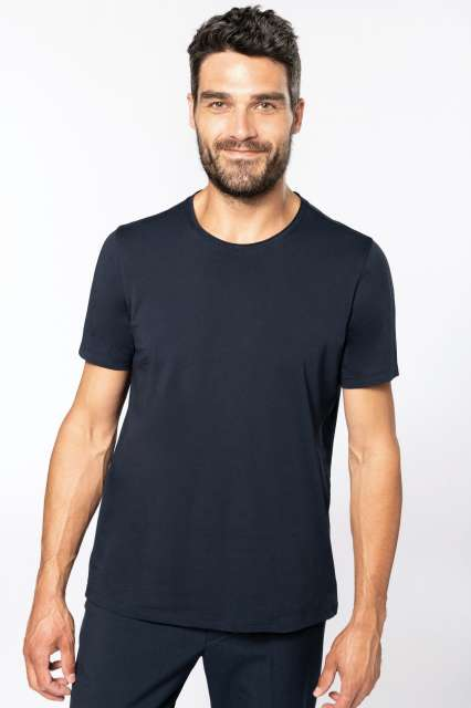 men's short-sleeved organic t-shirt with raw edge neckline 1.