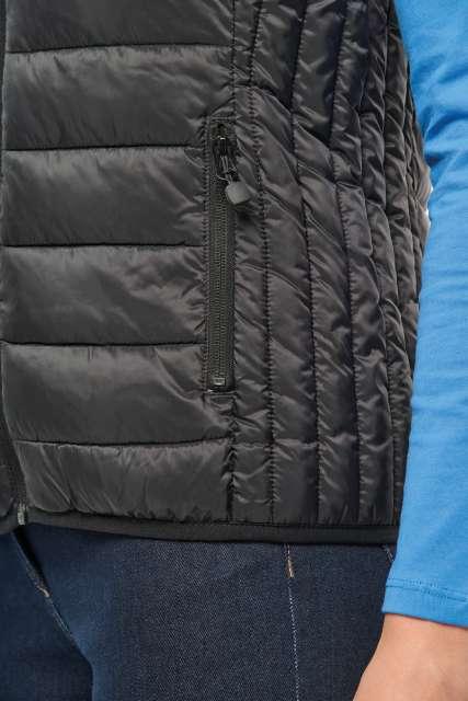 ladies' lightweight sleeveless jacket 1.
