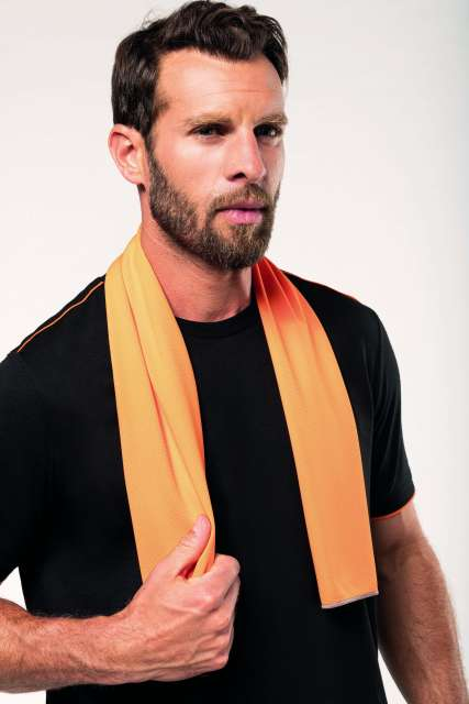 refreshing sports towel 1.