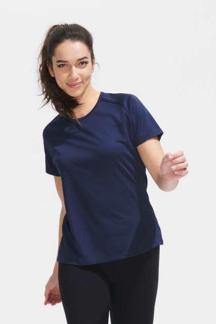 sporty women - raglan-sleeved t-shirt 1.