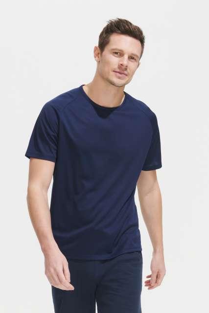 sporty - raglan sleeved t-shirt 1.